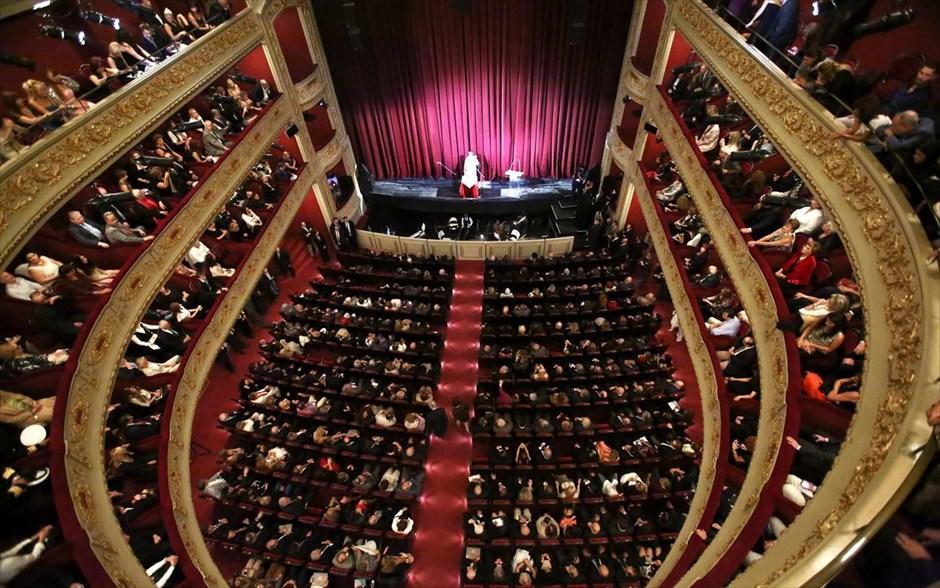 ec8106df4d3c Δημοτικό Θέατρο Πειραιά  Παραστάσεις και θεατρικά αναλόγια με ελεύθερη  είσοδο– Ποιες οι τελευταίες παραστάσεις